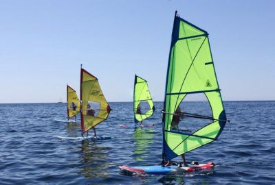 Windsurf interescolar (11 a 17 años) - Inter-school windsurfing (11-17 years old)